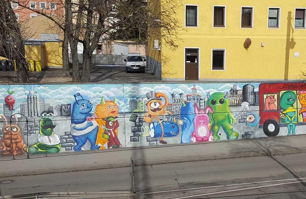 Großes Wandbild